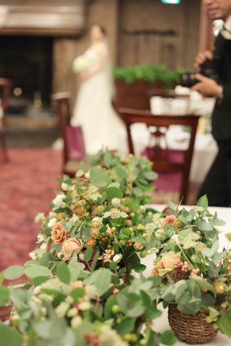 秋の装花 絵本と収穫祭 代官山PACHON様へ_a0042928_21563834.jpg