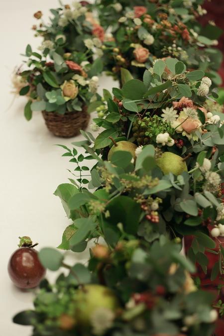 秋の装花 絵本と収穫祭 代官山PACHON様へ_a0042928_2156646.jpg