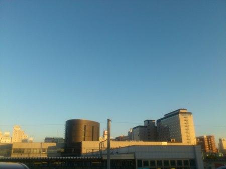 夕陽と函館駅_b0106766_23402424.jpg