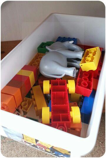 セリアのボックスで子どものオモチャ収納の改善_c0293787_14465615.jpg