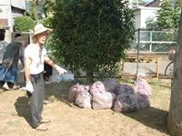 公園清掃参加の波紋_c0133503_14292655.jpg