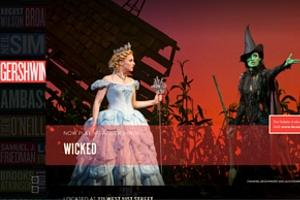 新しいブロードウェイ・ミュージカルの情報サイト Spotlight on Broadway_b0007805_23415495.jpg