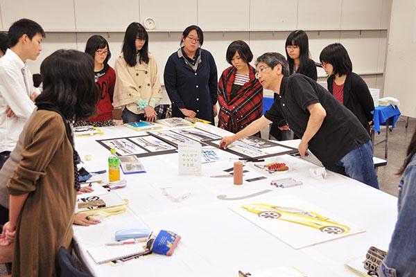 武蔵美の先生による『中高生のための みんなでデザインする話』が行われました。_f0227963_1038292.jpg