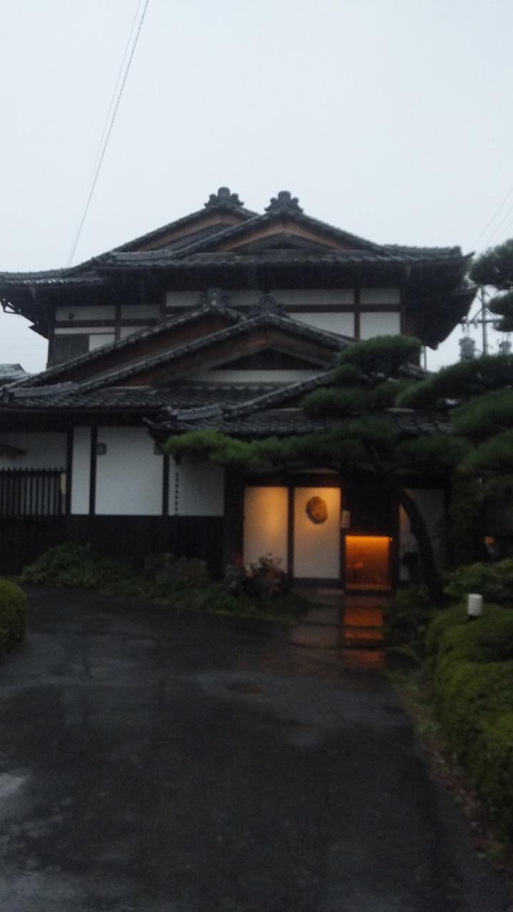 雨の日の花会_e0187897_2311438.jpg