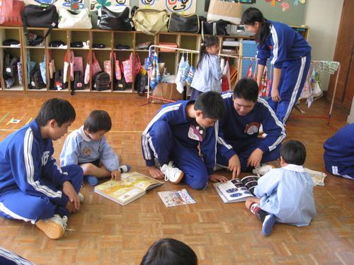 中学生との交流・1日体験入園_c0107515_152174.jpg