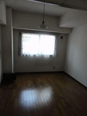 隠れ家マンション_f0034816_6525521.jpg
