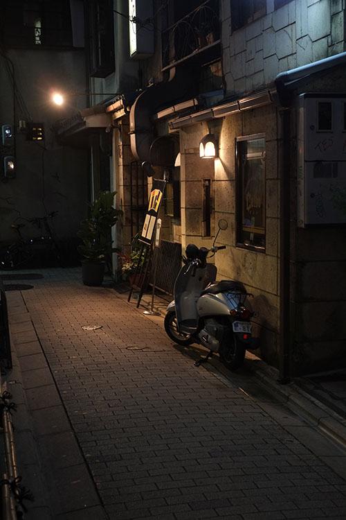 人待灯_c0211429_1935987.jpg