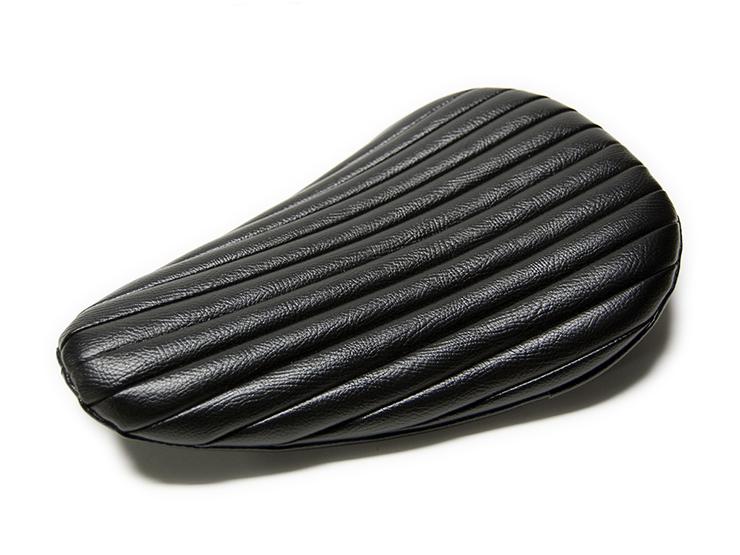 RAZZLE DAZZLE ナロータイプ BATES SEAT REPLICA_e0182444_2082229.jpg