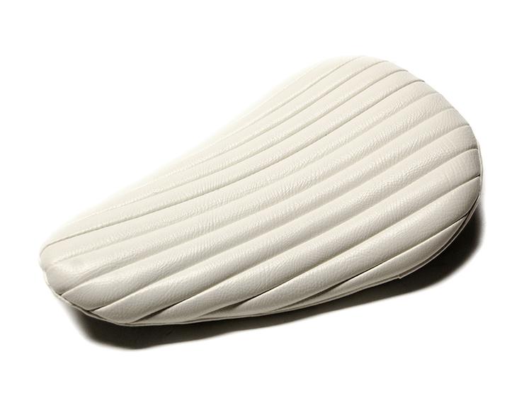 RAZZLE DAZZLE ナロータイプ BATES SEAT REPLICA_e0182444_2083165.jpg