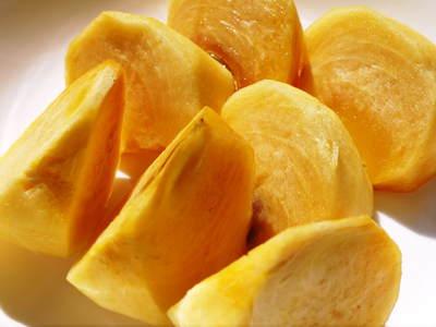 太秋柿 シャキシャキ!!極甘!!やっぱり美味い!!!全国ヘ大好評出荷中です_a0254656_1720971.jpg