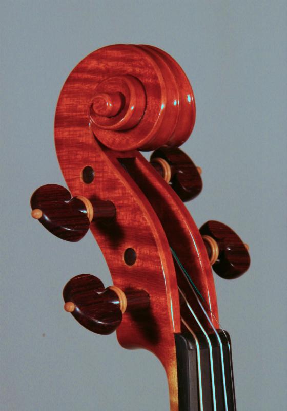弦楽器フェアのお知らせと、新作ヴァイオリン完成_d0047461_612846.jpg