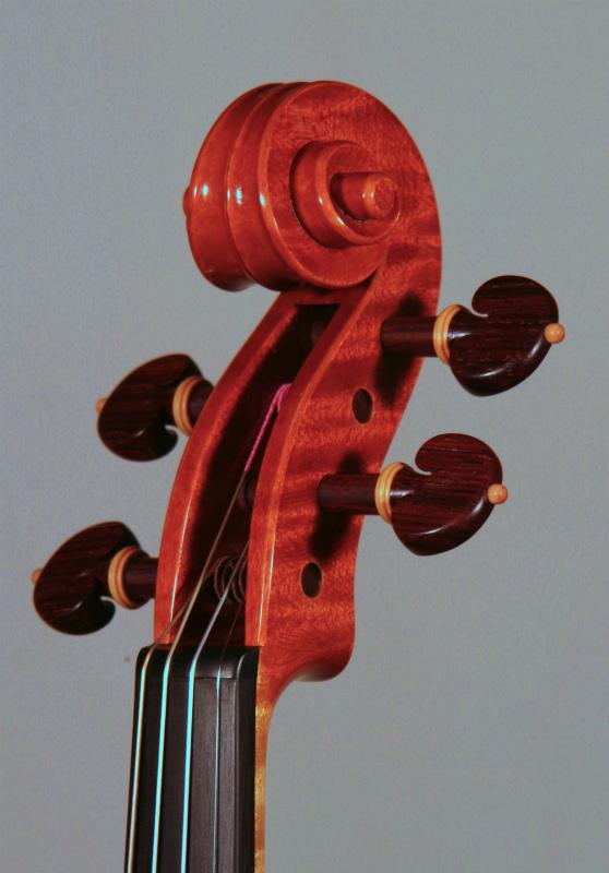 弦楽器フェアのお知らせと、新作ヴァイオリン完成_d0047461_6135446.jpg