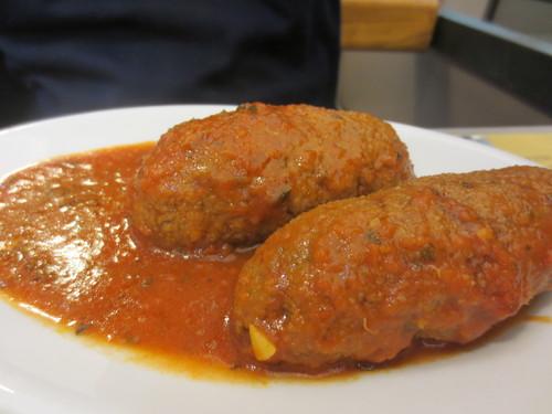 ランチはお安くそしてフィレンツェの名物料理をここで!_c0179785_7251130.jpg