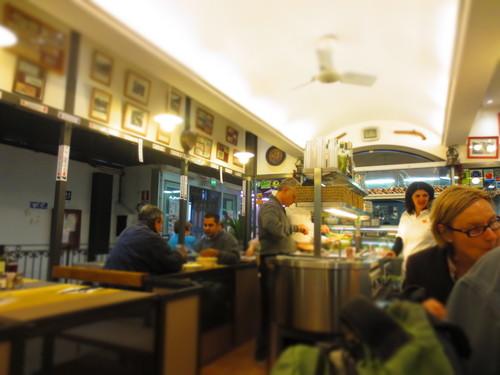 ランチはお安くそしてフィレンツェの名物料理をここで!_c0179785_7282291.jpg