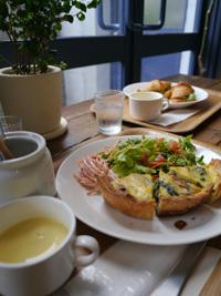 『fruits cafe LUPOS』さん_b0142989_19371447.jpg
