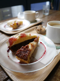 『fruits cafe LUPOS』さん_b0142989_1939785.jpg