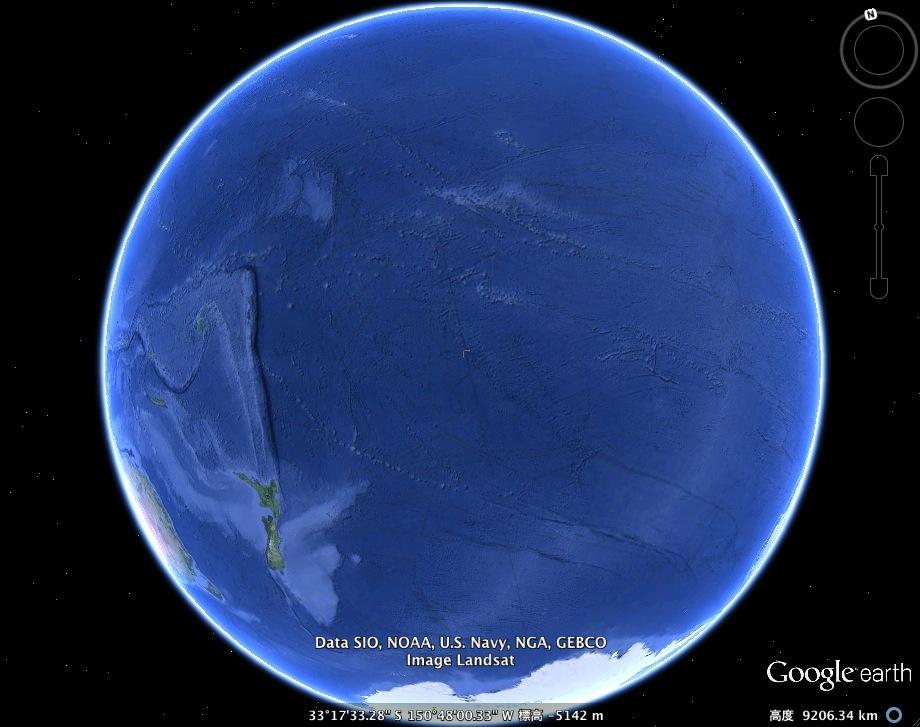 In Deep氏、太平洋の海底に「未知の塔」を発見か?:よくこんなもの見つけたネ!_e0171614_195655100.jpg