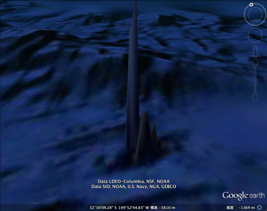 In Deep氏、太平洋の海底に「未知の塔」を発見か?:よくこんなもの見つけたネ!_e0171614_19584044.jpg