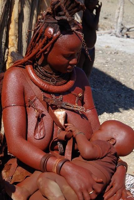 ナミビアの旅(32) 【 ヒンバ族 】  ヒンバ族の村_c0011649_812665.jpg