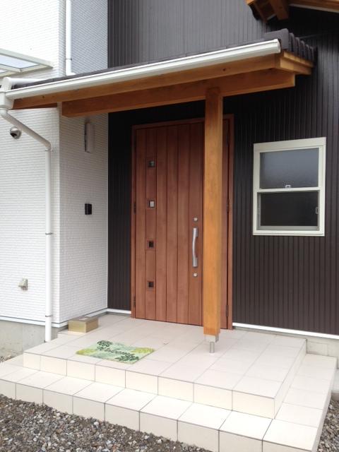 K邸完成しました。_b0283089_21215057.jpg
