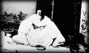 韓国のチマ・チョゴリのルーツは、日本の女学生の羽織袴姿にあり!_e0171614_1465087.jpg