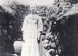 韓国のチマ・チョゴリのルーツは、日本の女学生の羽織袴姿にあり!_e0171614_1475231.jpg