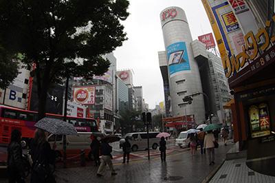 10月25日(金)の渋谷109前交差点_b0056983_15523231.jpg