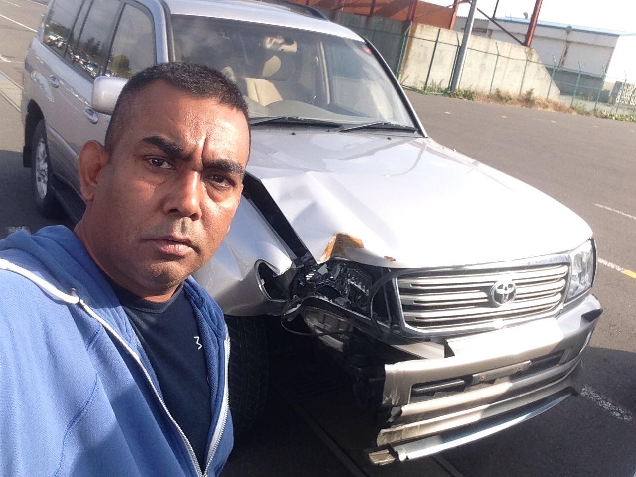 トミーのトラック、重機、建設機械、事故車、不動車、特殊車輌買取!直輸出_b0127002_2012138.jpg