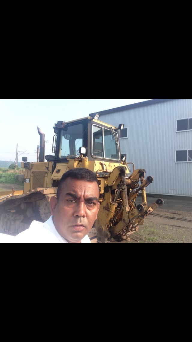 トミーのトラック、重機、建設機械、事故車、不動車、特殊車輌買取!直輸出_b0127002_2081425.jpg