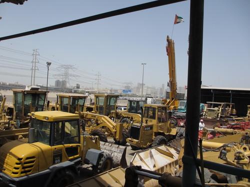 トミーのトラック、重機、建設機械、事故車、不動車、特殊車輌買取!直輸出_b0127002_20102410.jpg