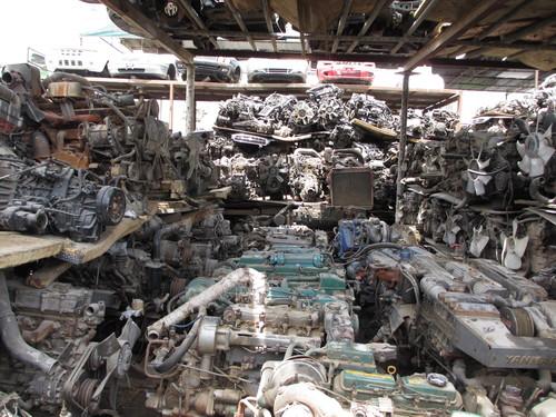 トミーのトラック、重機、建設機械、事故車、不動車、特殊車輌買取!直輸出_b0127002_20142072.jpg