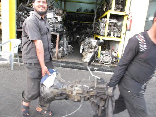 トミーのトラック、重機、建設機械、事故車、不動車、特殊車輌買取!直輸出_b0127002_20223035.jpg