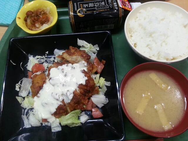 今日の昼食@会社Vol.412_b0042308_12342651.jpg