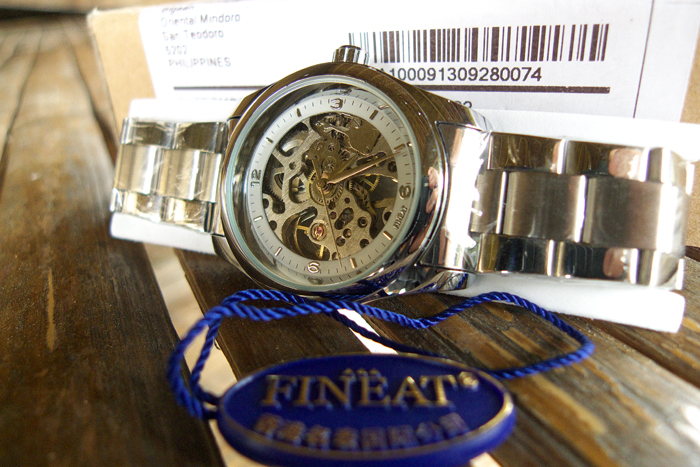 A Fineat Hong Kong watch is amazing, within + 5 seconds/day for all in all US$11.99!_e0202828_12125398.jpg