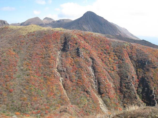 南くじゅうの紅葉 久住山と俊ちゃんの今日の山歩き_c0077338_22365228.jpg