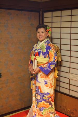 長岡のアンティーク着物 振袖レンタルの 『縁-enishi-』さんが蔵織2階和室で_d0178448_10225360.jpg