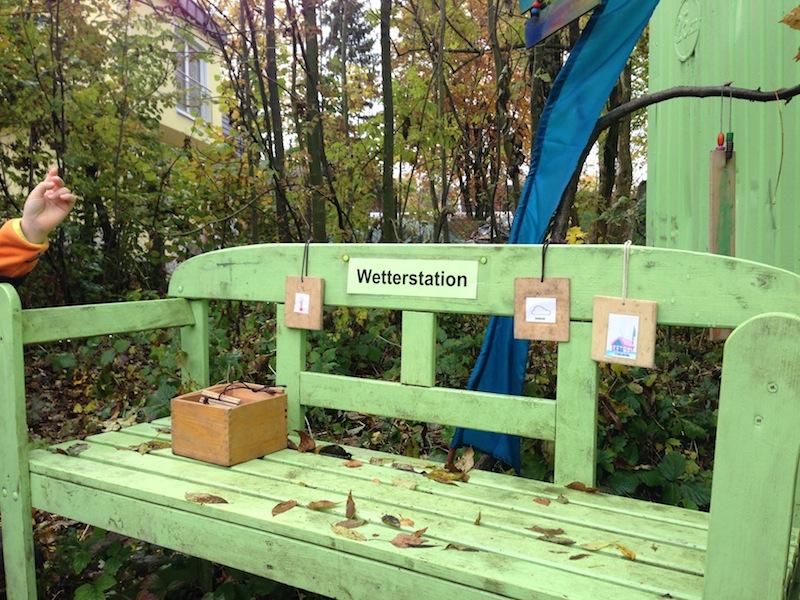 【視察1日目】ウンターメンチング森の幼稚園_f0037258_1415954.jpg