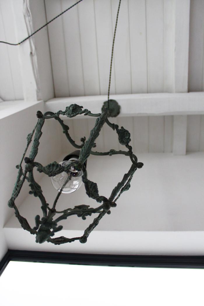 『昭和初期 青銅鋳造吊り下げ照明」_f0192906_19502424.jpg