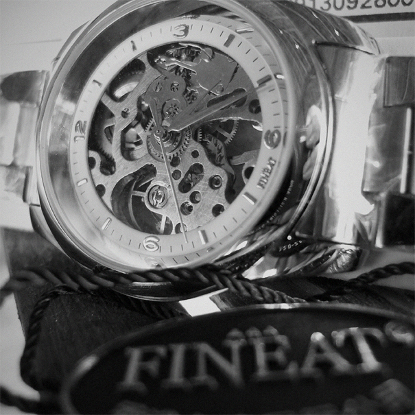A Fineat Hong Kong watch is amazing, within + 5 seconds/day for all in all US$11.99!_e0202828_180833.jpg