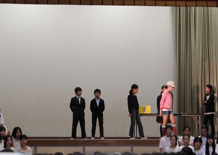 小学校最後の学芸会 感動しました\(◎o◎)/!_a0262845_15432795.jpg