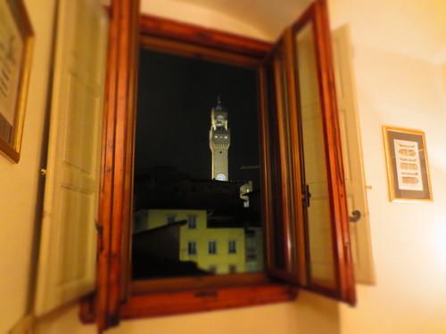 久しぶりにこの窓からこの景色を★RELAIS CAVALCANTI_c0179785_7542061.jpg