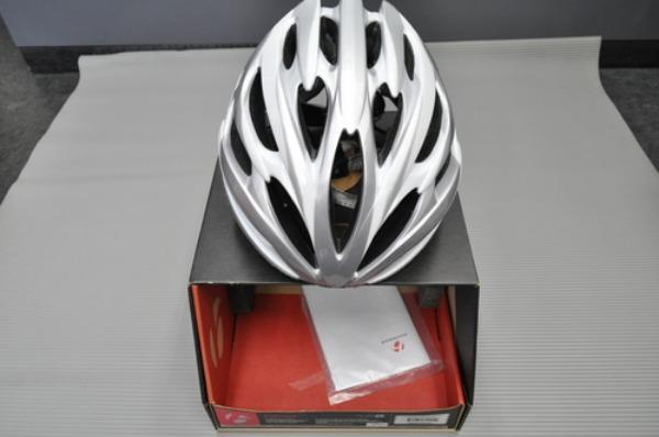 Bontrager ヘルメット&シューズ入荷情報。_a0262093_14172599.jpg
