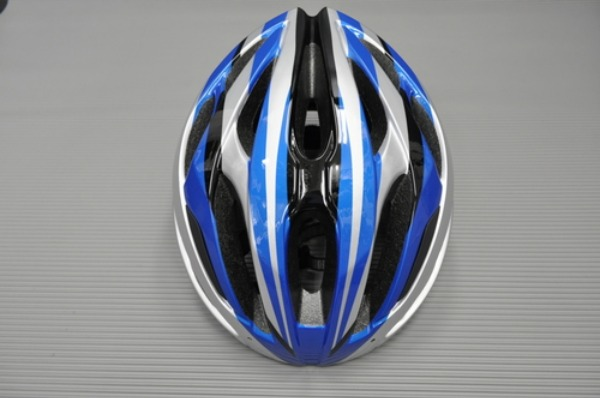 Bontrager ヘルメット&シューズ入荷情報。_a0262093_1471497.jpg