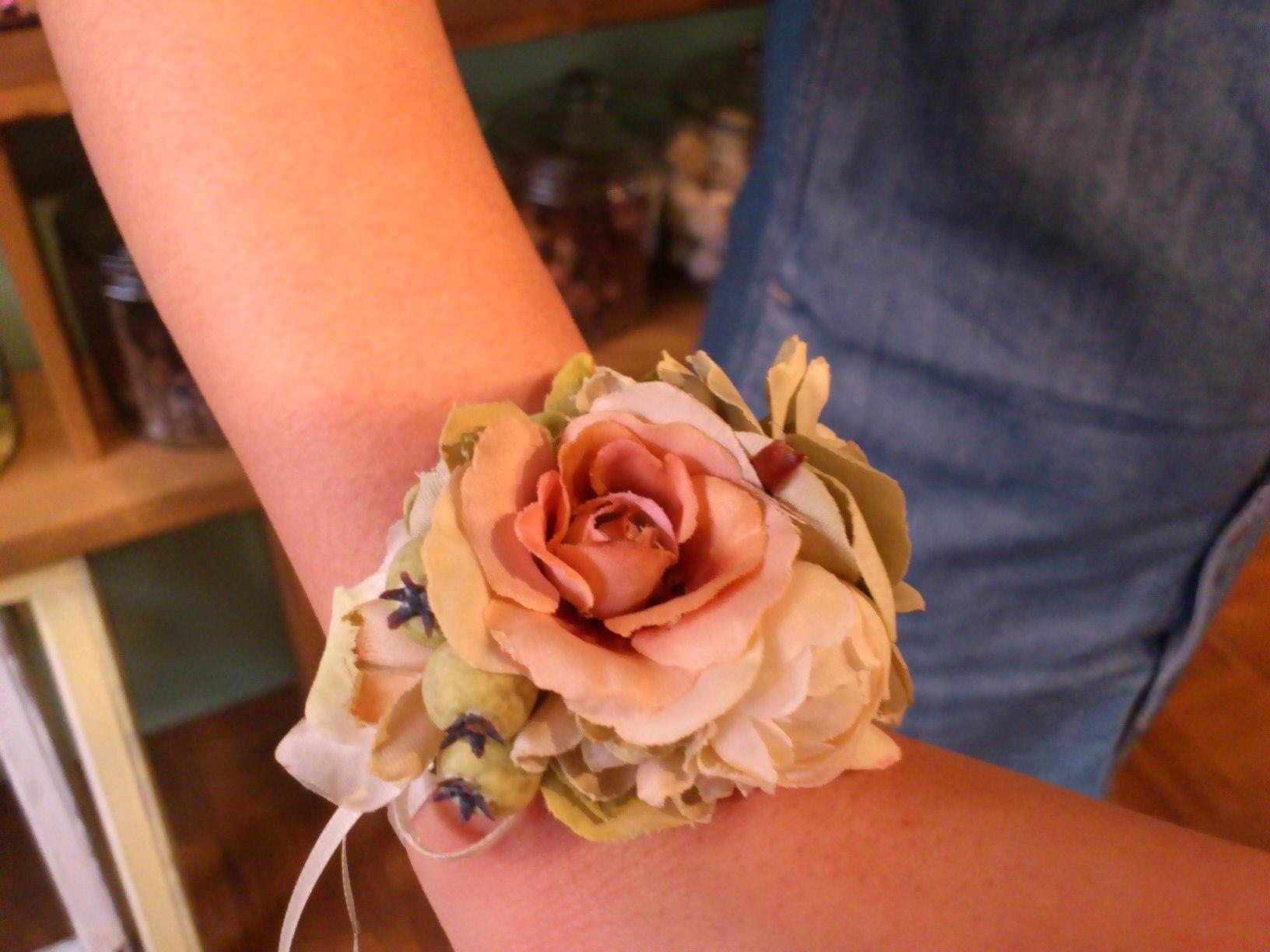 花冠とリストブーケのレッスン_e0128024_4484435.jpg