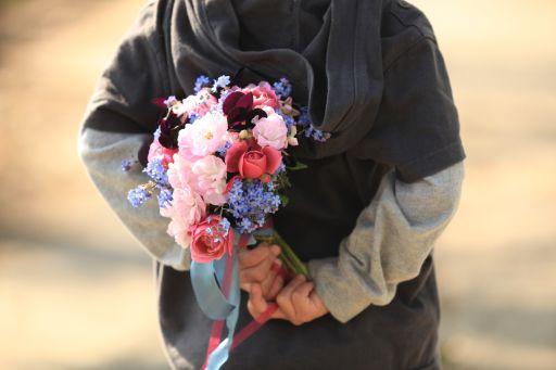 忘れな草とバラとパンジーのブーケ_f0155431_22554311.jpg