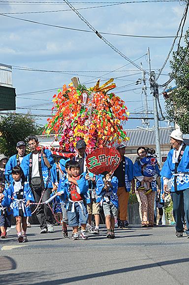 わが町の秋祭りと大運動会_e0164563_10324384.jpg