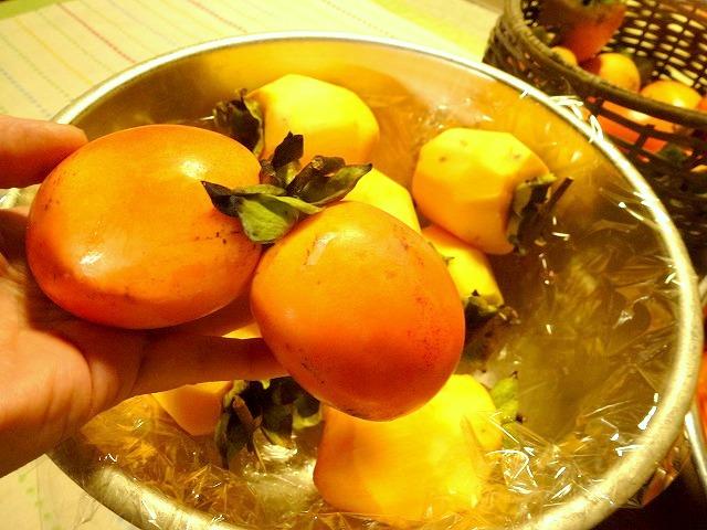 干し柿作りなんだけど_c0165589_10403799.jpg