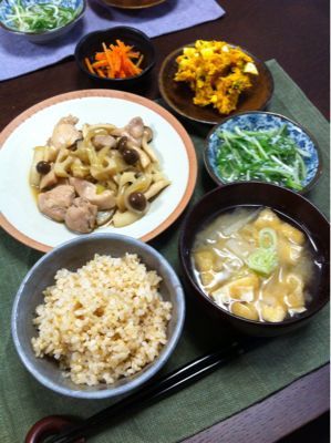 鶏肉としめじのオイスター炒め_d0235108_21121080.jpg
