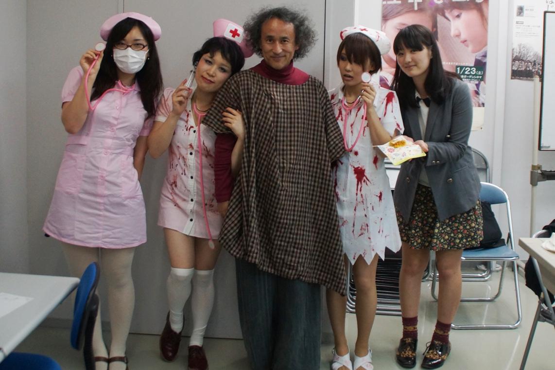 教室もハロウィーン、教材はポランスキー監督「ローズマリーの赤ちゃん」@東京造形大学映画専攻クラス_f0006713_22521248.jpg