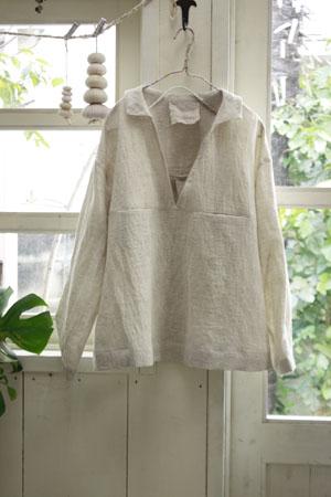 小さい衿つきシャツ_f0208315_22215456.jpg